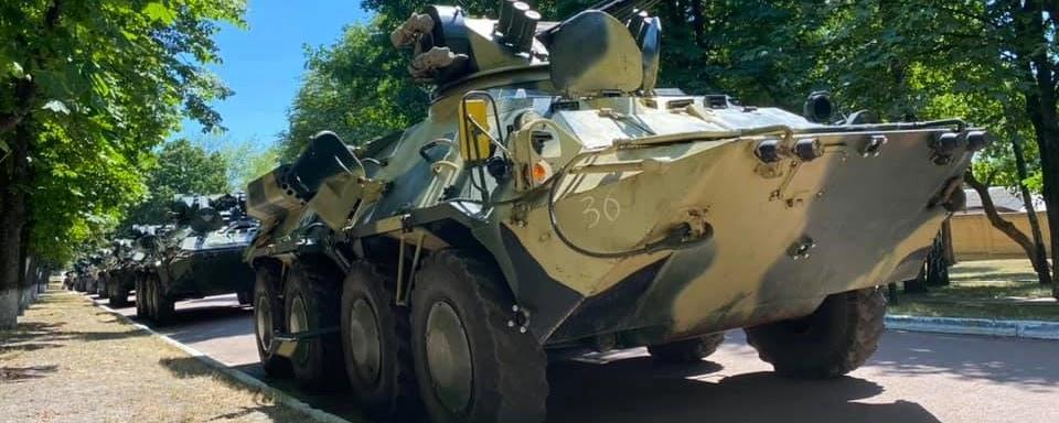 Київський бронетанковий завод передав ЗСУ партію БТР-3ДА