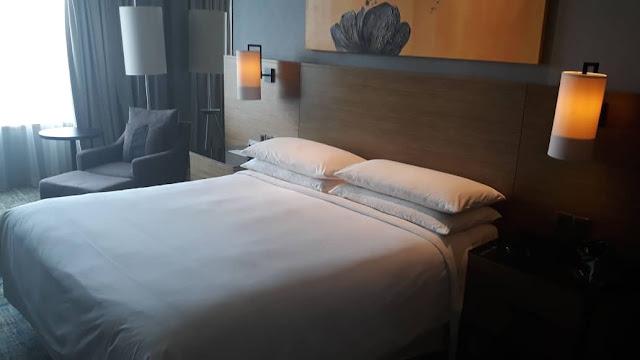 SATU MALAM DI RENAISSANCE HOTEL JOHOR BAHRU