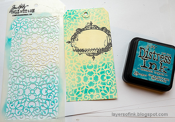 Layers of ink - Smile and Laughter Tag by Anna-Karin Evaldsson. Ink, stencil and stamp tutorial. Apply ink through stencil.