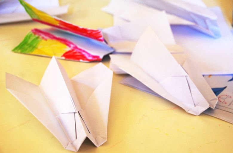 indoor activities for kids - how to make paper airplanes