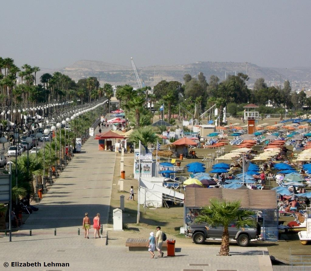 Exploring Cyprus: Foinikoudes Promenade