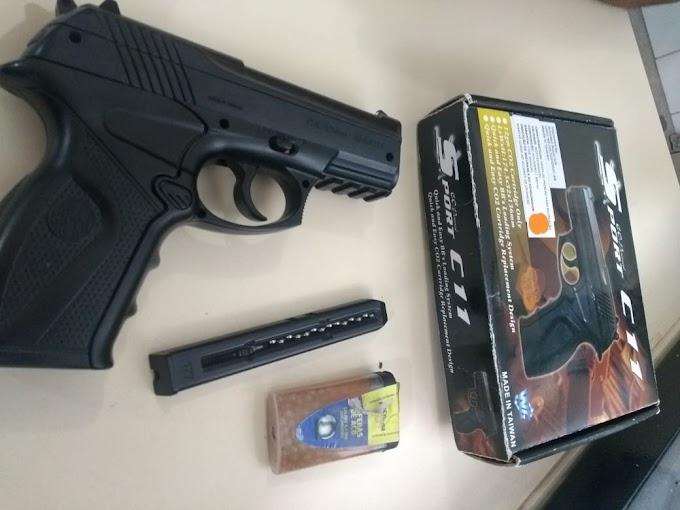 Homem é detido por exibir pistola de pressão no centro de Jacobina