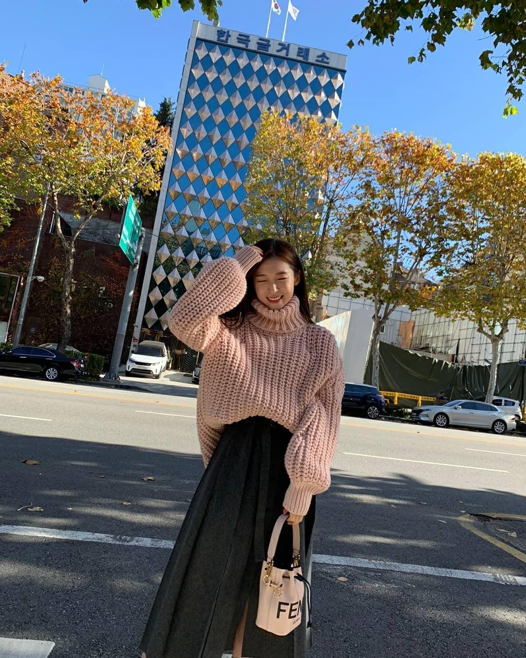 최근 오마이걸 아린 인스타