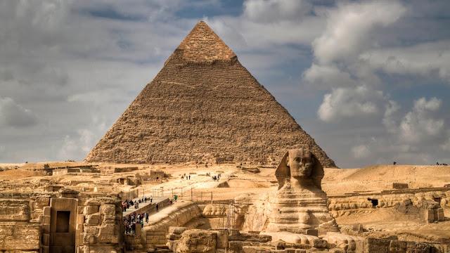 Pirámides y Esfinge de Egipto