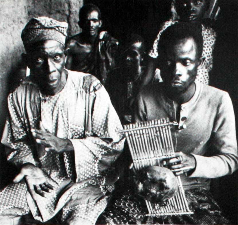 Anthems for the Nation of Luobaniya • 罗巴尼亚国歌: Nigeria