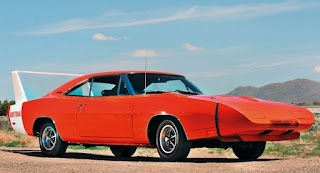 What's the Difference Between 1969 Dodge Charger Daytona and 1969 Plymouth Superbird Daytona ?