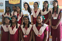Actress Priya Anand in T Shirt with Students of Shiksha Movement Events 13.jpg