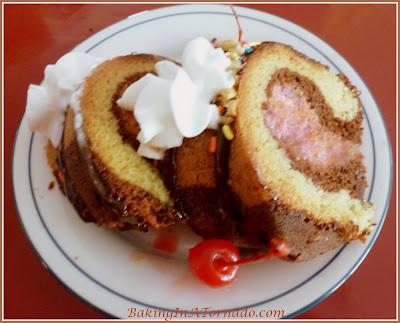 Summer Sundae Cake | Recipe developed by www.BakingInATornado.com | #recipe #dessert