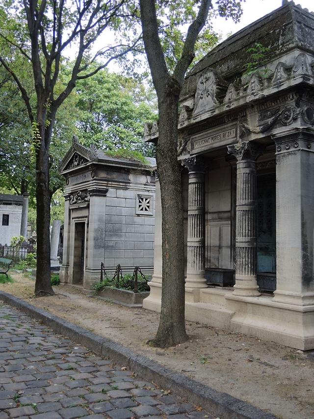 Parijs: koelte en rust in het kerkhof van Montmartre