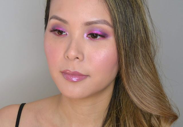 Huda Beauty Neon Obsessions Palette in PINK