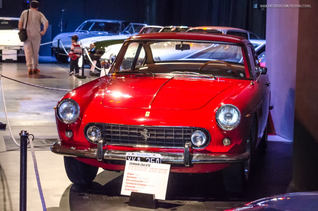 Clasicos Ferrari 250 GTE Parana