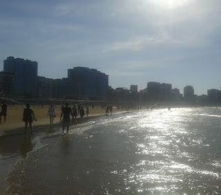 reflexión-playa-san-lorenzo-gijon