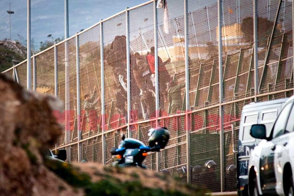 Migranti. Nuove violazioni alla frontiera tra Spagna e Marocco