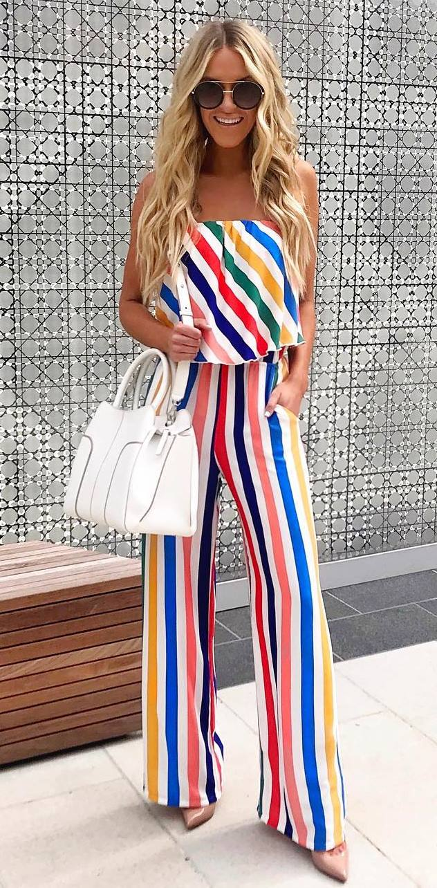 best summer outfit / white bag + bright striped  jumpsuit + heels