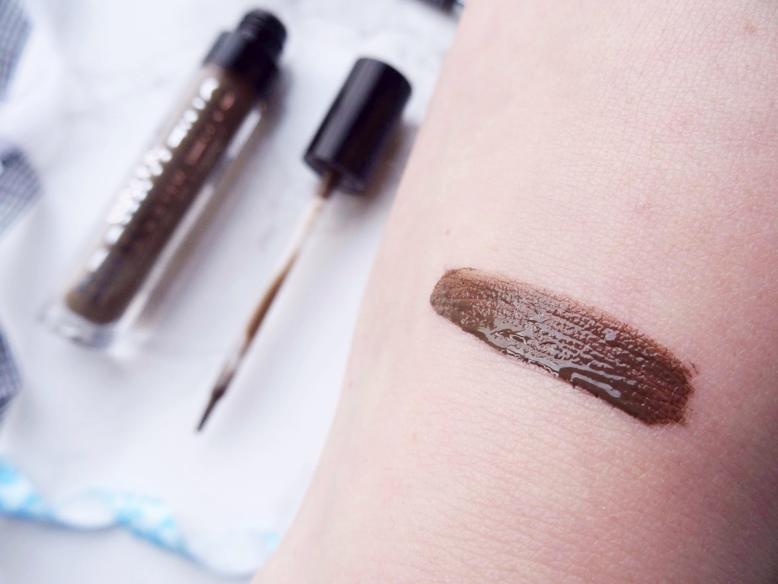 The New Way To Fill In Your Brows Swatch