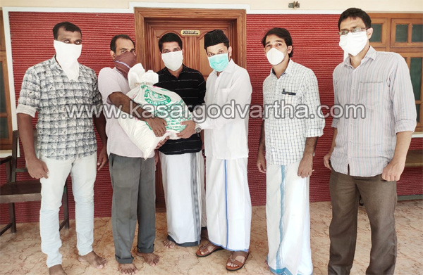 News, Kerala, Mogral Deshiya Vedi distribute food kit