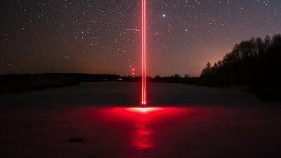 HD Wallpaper Night, Stars, Red Light, Freezelight