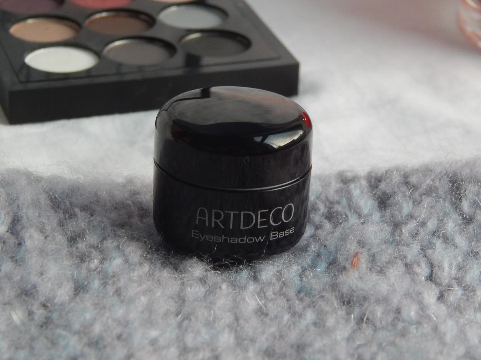 eyeshadow base artdeco, baza pod cienie, tania