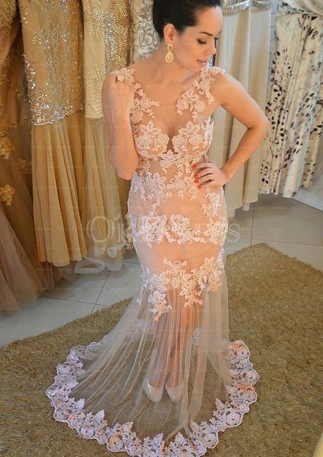 vestido para festa de gala com renda