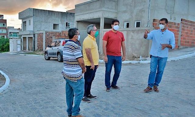 TRABALHO EM RITMO ACELERADO: Prefeito Marcus Diogo entrega 14 obras de serviços urbanos nas ruas de Guarabira