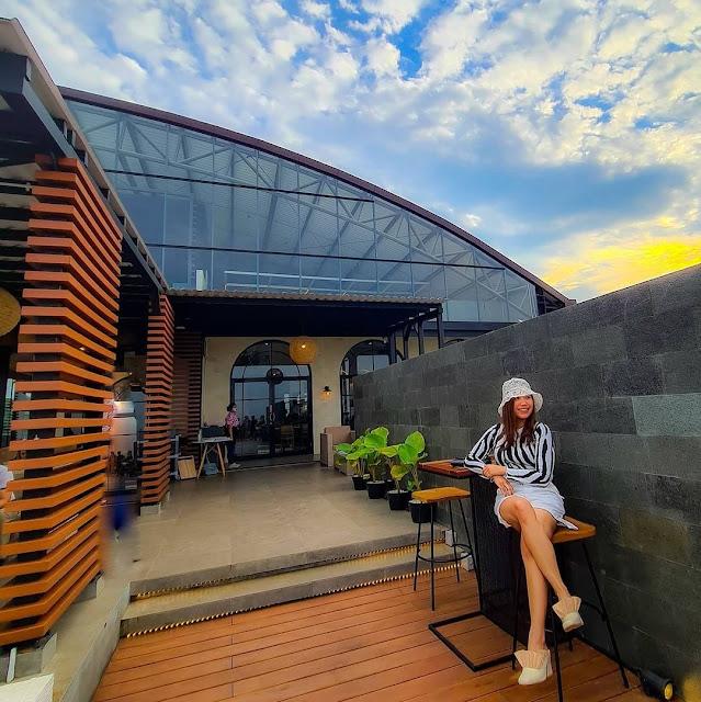 Epicure Sky Terrace Resto Semarang