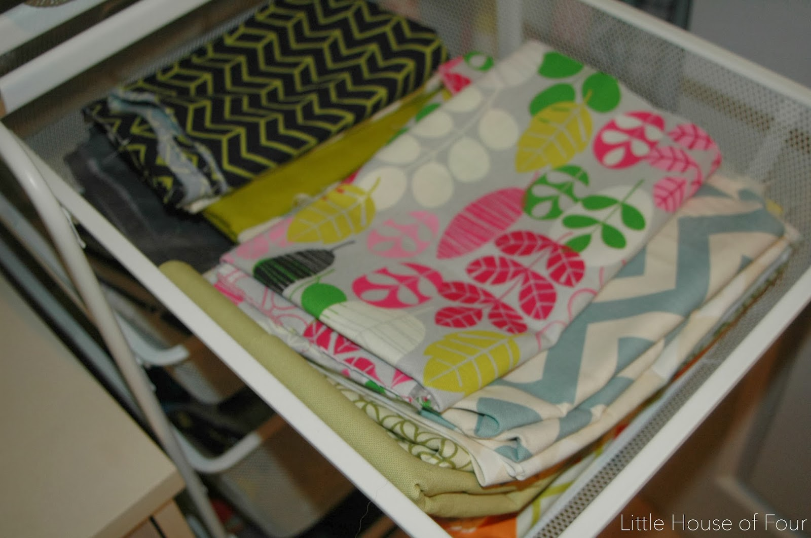 Organizing fabric in IKEA Algot drawers