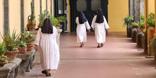 وفاة ١١ راهبة من الدير نفسه!
