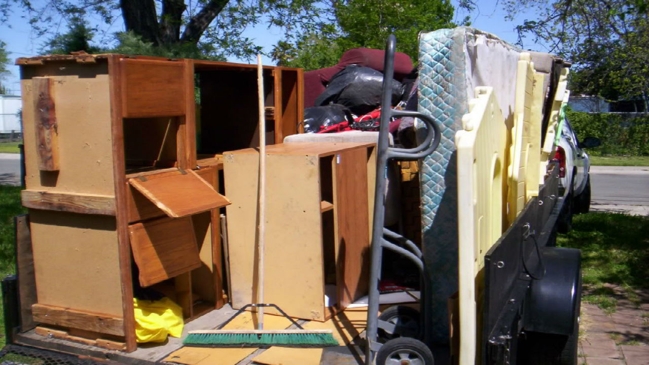 How to Get Help from the Furniture Removal Company in Miami ...