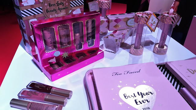 regali di natale sephora - agenda palette boss lady beauty agenda too faced_05