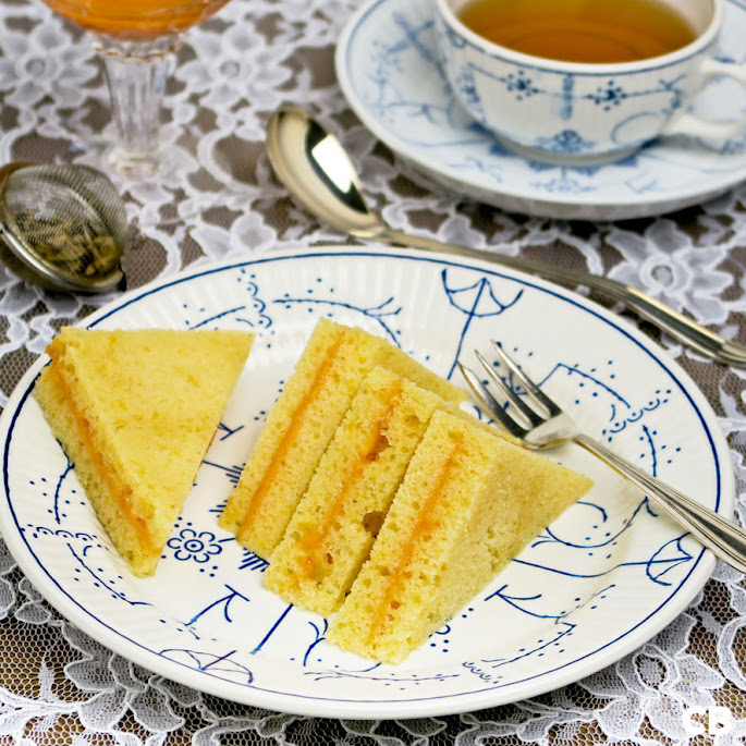 Zoete high tea sandwiches van citroencake met orange curd