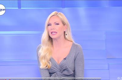 conduttrice TV bionda Federica Panicucci