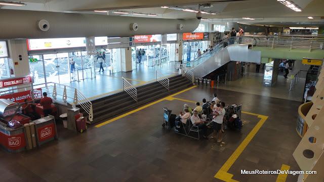 Entrada do Aeroporto Internacional Hercílio Luz - Florianópolis