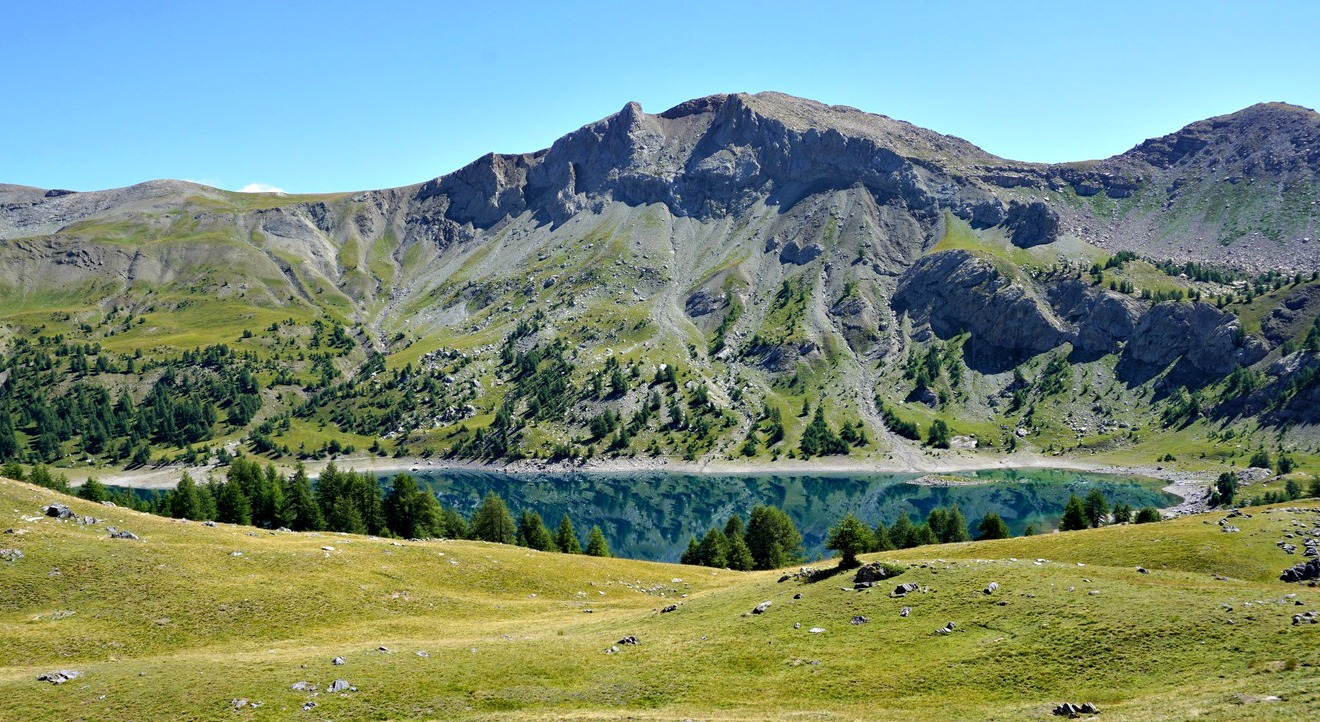 Lac d'Allos viewed from trail to Col d'Encombrette