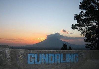 Bukit Gundaling, Menikmati Keindahan Alam Berastagi