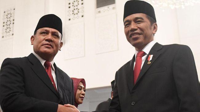 Pengamat Sebut Presiden Aneh Tutup Mata-Telinga Atas Masukan MK & Ombudsman Soal KPK