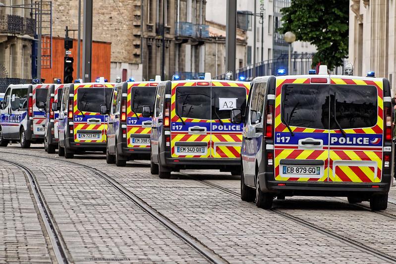 Comment la grogne gagne du terrain chez les policiers