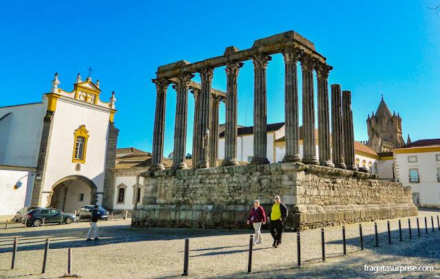 Templo Romano e Capela dos Lóios, Évora, Portugal