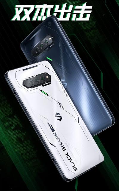 Xiaomi Black Shark 4S يعرض الملصق الترويجيXiaomi Black Shark 4S يعرض الملصق الترويجي