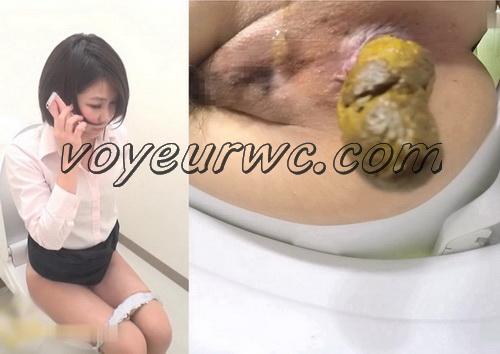 [SL-119] Office girls shitting in the toilet - spy camera