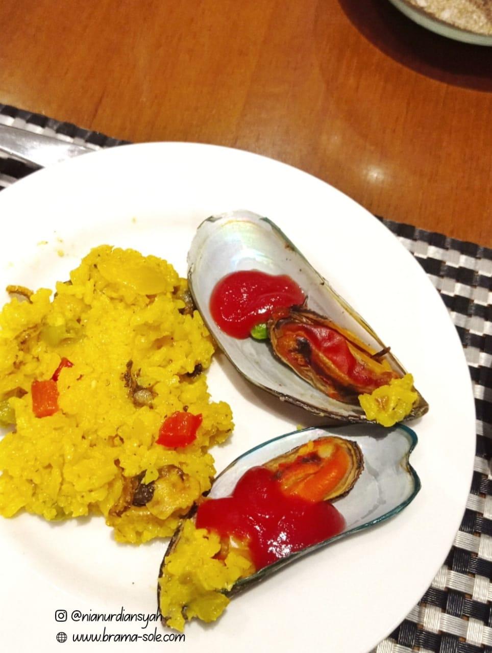 Mencoba Paella di Hotel Gets Semarang