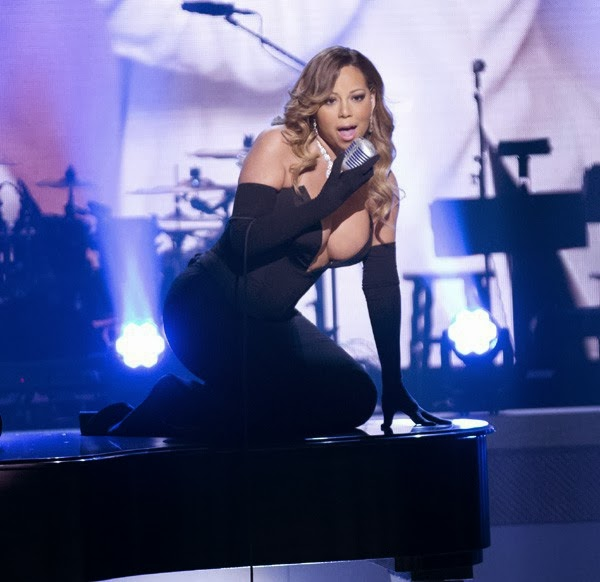 BET Honors 2014, Mariah Carey has made the show on a piano