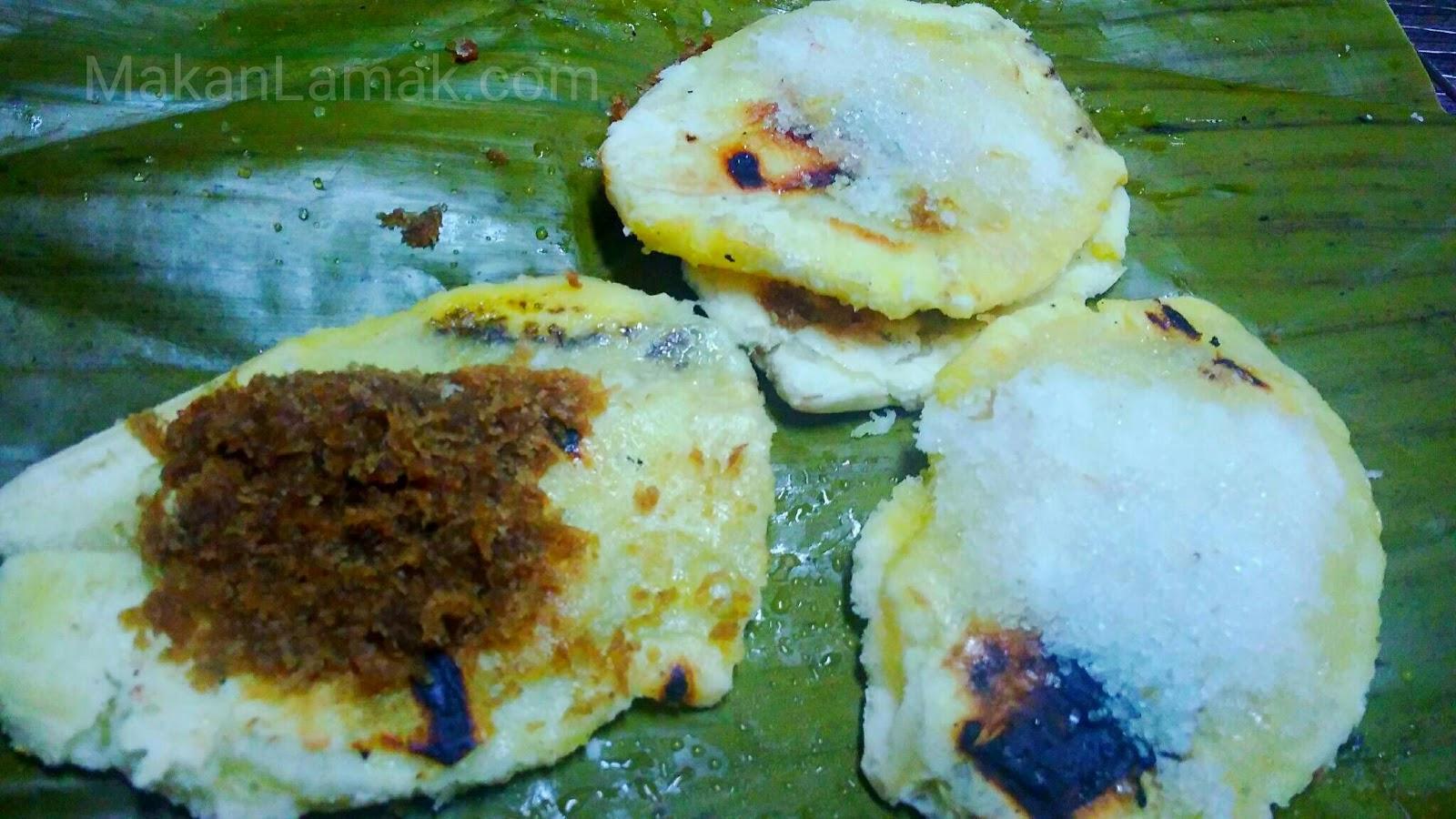 Pisang bakar kuliner Minangkabau