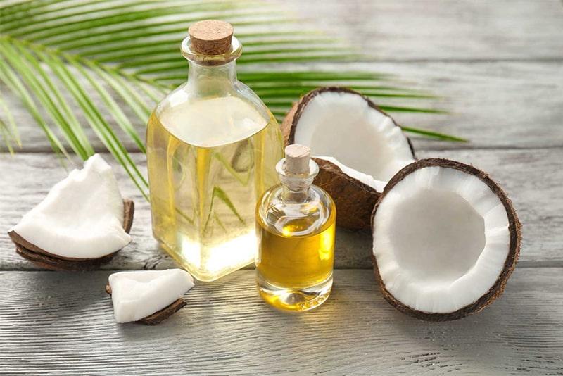 Dầu dừa chứa nhiều khoáng chất cực tốt cho da.
