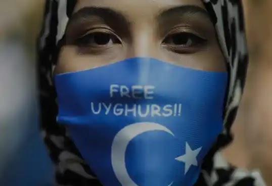 Facebook workers alarmed by the approval by Facebook of Chinese ads depicting Uyghurs as thriving in Xinjiang