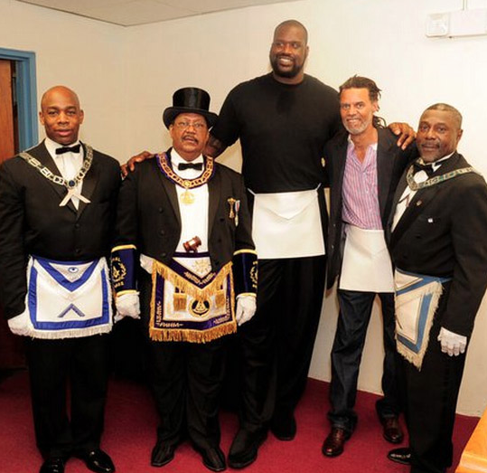 Shaq's 44th Birthday, On The Date
