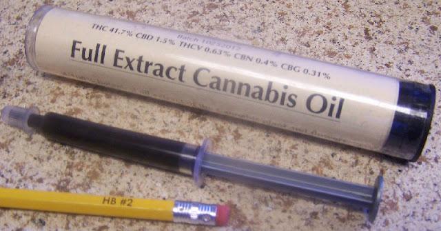 Un homme de 36 ans était sur son lit de mort avec une maladie pulmonaire - c'est ce qui s'est passé lorsqu'il a utilisé l'huile de cannabis