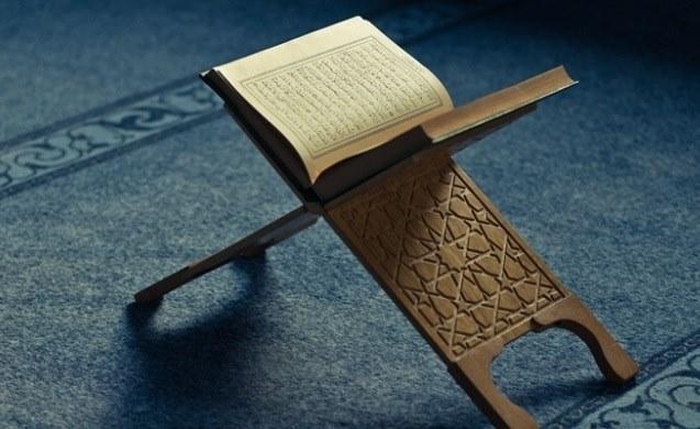 Mengapa Mukjizat Terbesar Rasulullah Tidak Berupa Benda Atau Peristiwa Seperti Nabi Lain? Ini Jawab Buya Hamka