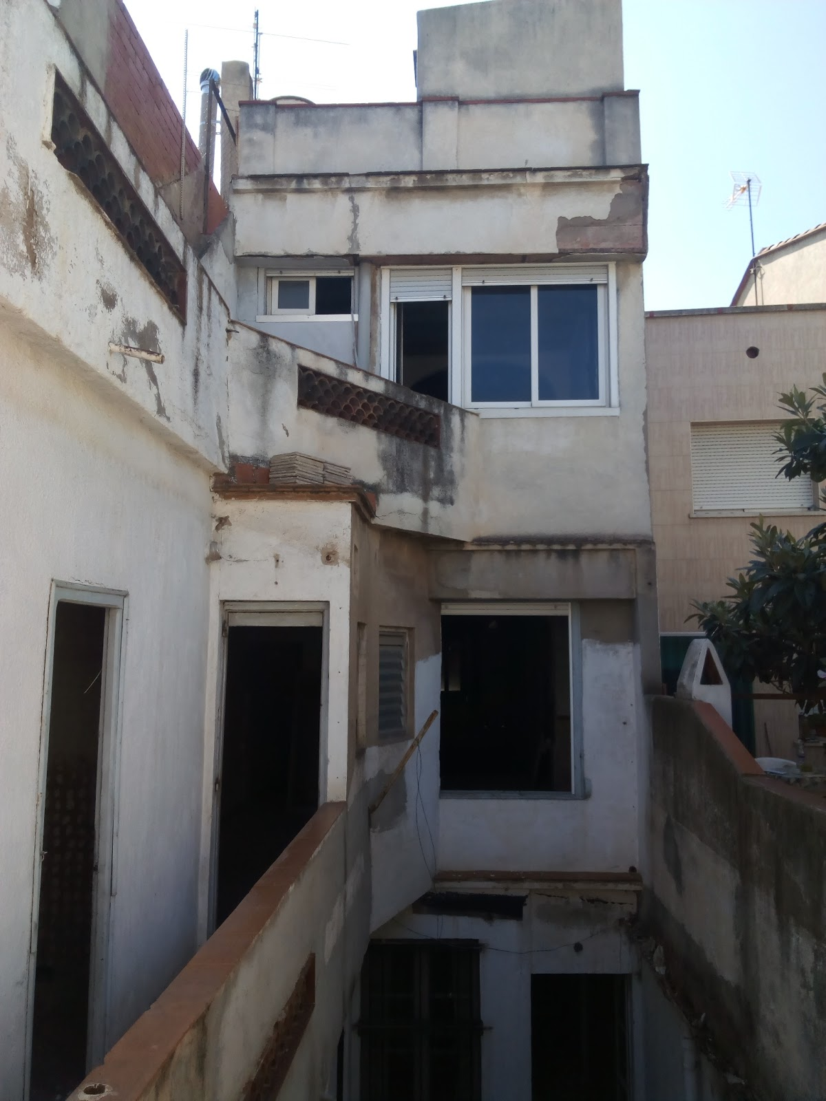 Construcci n reformas - Casas en terrassa ...