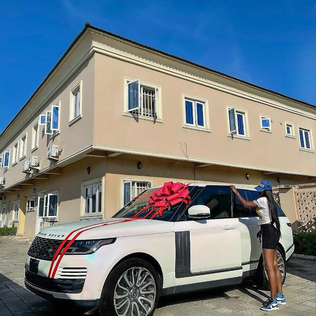 Fashion designer, Tolu Bally, buys a Brand new Range Rover(photos)