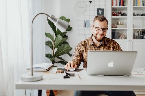 Desenvolvedor(a) de B.I Back End Pentaho - Salário a combinar - Home Office Vagas - Pode candidatar-se candidatos de todo o Brasil